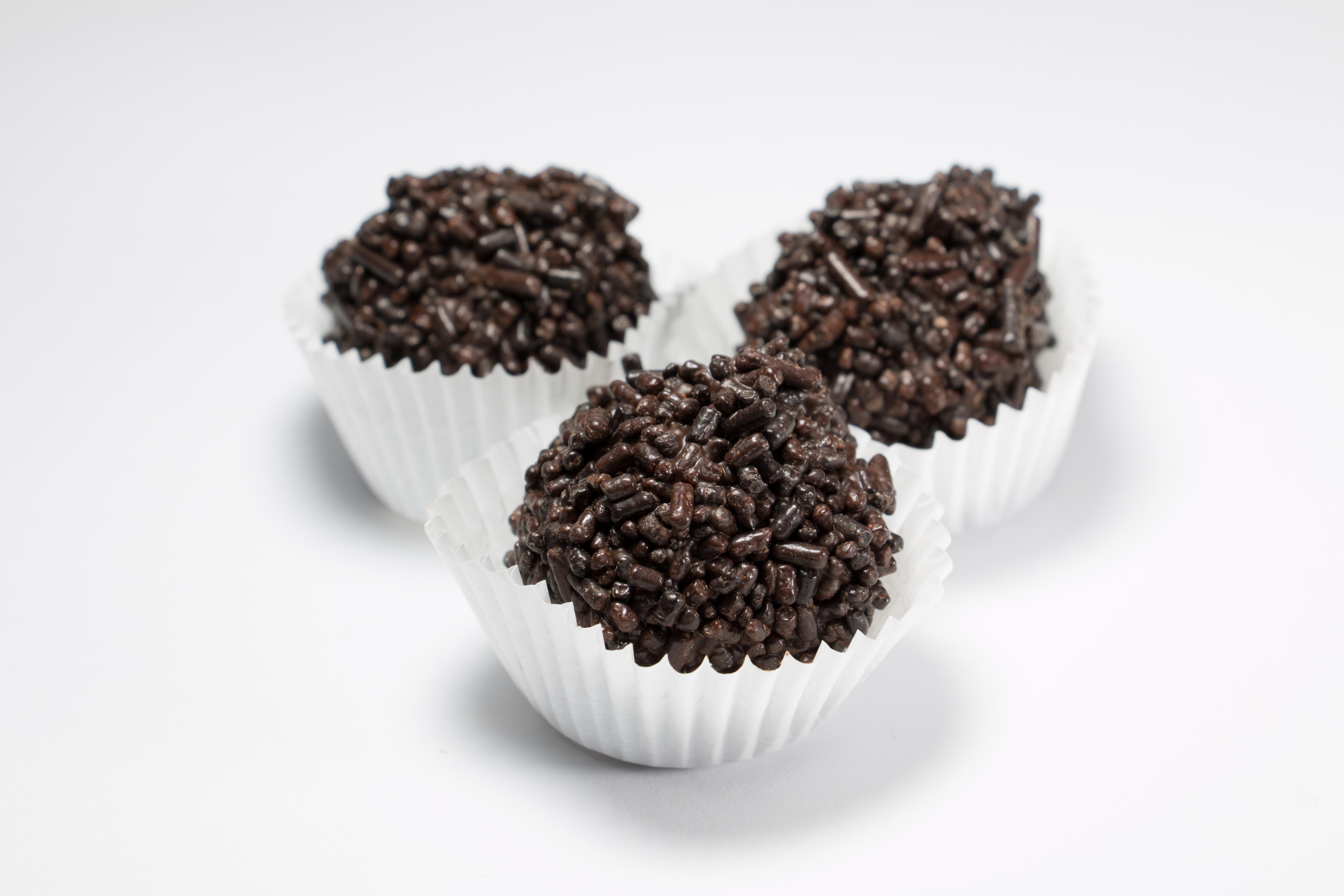 Fudge With Chocolate Sprinkles