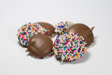 Hand Dropped Nonpareils – Milk